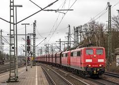 159_2018_03_22_Hamburg_Harburg_6151_113_&_104_Rpool_mit_Falns_Hafen (ruhrpott.sprinter) Tags: ruhrpott sprinter deutschland germany allmangne nrw ruhrgebiet gelsenkirchen lokomotive locomotives eisenbahn railroad rail zug train reisezug passenger güter cargo freight fret hamburg harburg boxx brll ctd db dispo egp ell eloc hctor locon lte me mteg nrail öbb pkpc press rhc sbbc slg vps wiebe wlc 1203 1214 1216 1223 3294 4180 5370 5401 6101 6110 6143 6146 6152 6182 6186 6187 6193 es64u2 logo natur graffiti