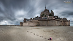 Low tide arround Mt. St. Michel (dieLeuchtturms) Tags: gezeiten normandie 16x9 meer frankreich montstmichel kirche ärmelkanal atlantik kloster strand europa langzeitbelichtung ebbe englishchannel europe france normandy beach church longexposure longtimeexposure lowtide sea tides lemontsaintmichel fr