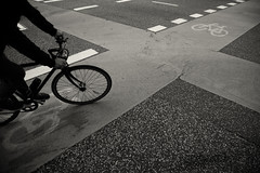 Shortcut (Muao) Tags: aalborg denmark street monochrome monochrom blackandwhite canon 5dii 5dmk2 streetphotography