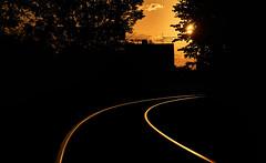 tote Gleiskurve im Sonnenuntergang (martin.ostheimer) Tags: schiene schienen goldene stunde sonnenuntergang bahn totes gleis
