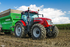 Corn Silage 2018 | McCormick X7.680 (martin_king.photo) Tags: mais corn cornsilage maisfieber 2018harvestseason summerwork powerfull martin king photo machines strong agricultural greatday great czechrepublic welovefarming agriculturalmachinery farm workday working modernagriculture landwirtschaft martinkingphoto machine machinery field huge big sky agriculture tschechische republik power dynastyphotography lukaskralphotocz day fans work place harvester forage clouds inaction action worker eos new weather flickr mccormickx7680 mccormickx7 mccormick joskin