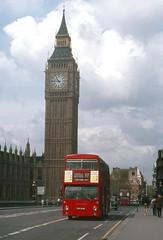 An iconic British scene. (Renown) Tags: bus doubledecker leyland daimler fleetline parkroyal lt lte londontransport dms thx329s westminsterbridge london bigben