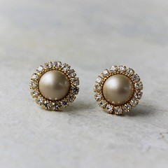 Champagne and gold pearl earrings! https://t.co/gk3xCpujtL #etsy #jewelry #gifts #women #earrings #shopping #wedding https://t.co/A8WfEqExRS (petalperceptions.etsy.com) Tags: etsy gift shop fashion jewelry cute