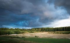 Unwetterwolken (moni-h) Tags: august2018 landschaft nrw natur niederrhein olympusm12100mmf40pro olympusomdem1markii regenwolken wolken kiesgrube wald bäume kreiskleve weeze laarbruch
