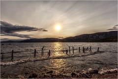 Puesta de Sol (Fernando Forniés Gracia) Tags: granbretaña reinounido escocia highlands dores paisaje landscape puestadesol atardecer naturaleza lagoness nubes