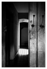 Les Bains Pommer : 22 (Pascal.M (bong.13)) Tags: bains publics avignon france vaucluse provence sonyrx100 noiretblanc blackandwhite