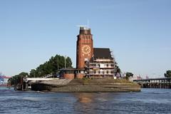 Hamburg: Lotsenhaus Seemannshöft (Helgoland01) Tags: hamburg elbe river fluss deutschland germany lotse pilot port harbor hafen
