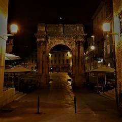 IMG_6865 (2) (kriD1973) Tags: croatia croazia kroatien croatie hrvatska istra istria istrien pola pula arcodeisergi arco romano ancient roman triumphal arch oldtown