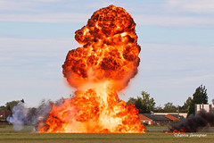 Fire! (Fabke.be) Tags: fire vuur explosion explore inexplore exploding ontploffing airshow france merville feu vlammen flames smoke heat warmte boum boem