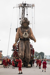 365 #231 (PeteMartin) Tags: 365 theatre diver event giant street leeuwarden netherlands nld
