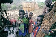(baba_jaga) Tags: gumuz africa ethiopia myafrica 18 etiopia portraits kids home eyes