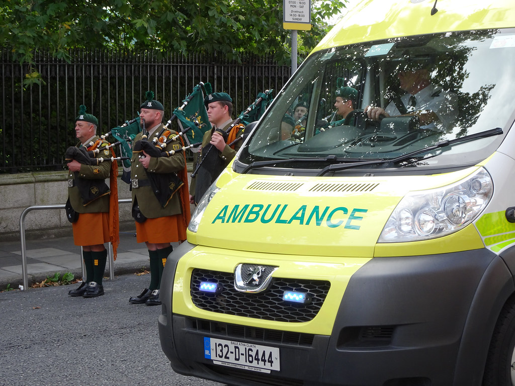 NATIONAL SERVICES DAY [PARADE STARTED OFF FROM NORTH PARNELL SQUARE]-143629