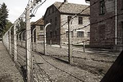 Auschwitz (Polonia) (Juanjo RNS) Tags: auschwitz nazi nazism nazismo segundaguerramundial worldwar cracovia krakow polonia poland canon canon6d