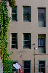 No smoking (dan-gutierrez) Tags: roadtrip streetphotography fujifilm x100t seattle northwest