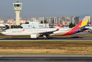 HL7794 | Airbus A330-323 | Asiana Airlines