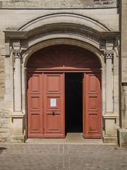 Porte de l'Église Saint-Jean-au-Marché (Zéphyrios) Tags: troyes aube champagne champagneardenne nikon d7000 colonnescorinthiennes feuilledacanthe renaissance xiii