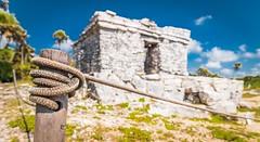 Is there maybe a hidden treasure inside? (catrall) Tags: mexico yucatan quintanaroo rivieramaya tulum ruin ruins temple maya mayan culture architecture archaeology maybe treasure inside nikon d750 fx sigma sigmalens 24105 april 2018