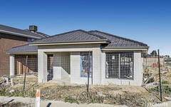 2 Hollingrove Ave, Clyde North VIC