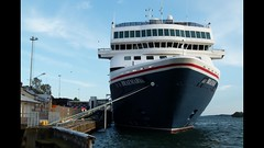 MS Braemar (evisdotter) Tags: msbraemar cruiseship kryssningsfartyg fredolsencruiselines summer mariehamn åland video