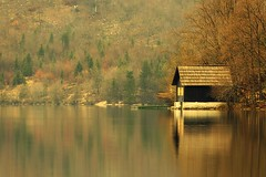 0818 Yellow Windows Cottage (Hrvoje Simich - gaZZda) Tags: landscape outdoors noperson building house cottage pond reflection travel bohinj slovenia europe nikon nikond750 sigma150500563 gazzda hrvojesimich