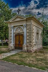 CAPILLA (juan carlos luna monfort) Tags: oradea religioso parque rumania romania hdr nikond7200 sigma1750 calma paz tranquilidad