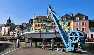 Belle-Île-en-Mer: checking the hull