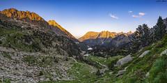 Amitges sunset (sostingut) Tags: d750 nikon tamron haida pirineos atardecer valle lago cordillera verano soledad roca