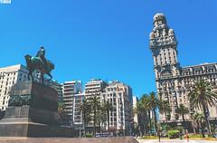 Monumento a Artigas - Plaza Independencia - Montevideo - Uruguay (TLMELO) Tags: tannat vino vinho wine uva meat meal parilla palenque grape montevideo montevidéu uruguai uruguay bouza