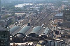 Frankfurt (Main) Hbf (Krzysztof D.) Tags: niemcy germany deutschland europa europe dworzec station stacja bahnhof miasto city architecture architektura frankfurt