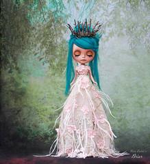 Two feet (pure_embers) Tags: pure embers blythe doll dolls laura england uk custom sammydoe tan briar embersbriar takara neo teal hair alpaca reroot girl photography erin deir portrait crown long dress tall forest magical