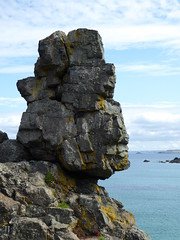 Man's Head, Clodgy Point, St Ives (Richard and Gill) Tags: stives cornwall godrevy manshead rockformation clodgypoint kernow cornish penwith sea coast