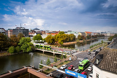 City of Malmö (Maria Eklind) Tags: view bridge phusetanna himmel amiralsbron city traffic parkingspace moln canal malmö bro sweden kanal clouds sky water malmöfestivalen buildings skånelän sverige se