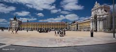 Praça do Comércio (ericbaygon) Tags: praça comércio place town ville portugal lisboa lisbon lisbonne square yellow jaune tourisme nikon d750 panoramic panorama sky ciel people personnes monument