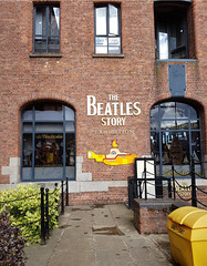 Beatles Story Liverpool (Roelie Wilms) Tags: beatles liverpool england uk greatbritain waterfront thebeatlesstort