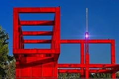 L'une des Folies du Parc de la Villette (Edgard.V) Tags: paris parigi parc parco parque park canal channel canale ourcq folie tschumi architecture