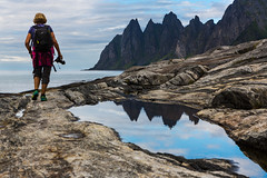 Chasing the light (Asbjørn Anders1) Tags: senja tungeneset photographer mountains sea ocean sky clouds landscape seascape mountain water rock norway reflections