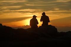 Waiting the sunset (Mi-Fo-to) Tags: corno bianco dolomiti dolomites dolomiten montagna mountain sunset tramonto amici friends silouhette bletterbach guys two ragazzi due