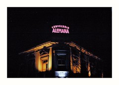 (Miguel E. Plaza) Tags: om1 streetphotography analogphotography analog filmphotography film filmcamera kodakcolorplus kodak argentina arquitectura architecture laplata 35mm ishootfilm