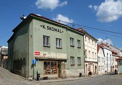 Street Corner in Znojmo (Wolfgang Bazer) Tags: street corner strasenecke znojmo znaim st nicholas church stnikolauskirche czechia czech republic tschechien