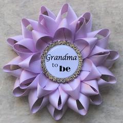 Lavender baby shower pins! https://t.co/EVzAMip81G #babyshower #etsy #gift #pregnancy #baby #love https://t.co/hYAlyA8iLU (petalperceptions.etsy.com) Tags: etsy gift shop fashion jewelry cute