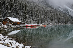 Lake Louise (Missi Gregorius) Tags: lake louise snow fog winter