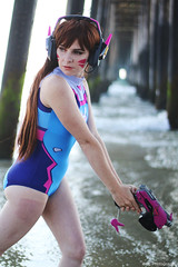 IMG_2990 (willdleeesq) Tags: cosplay cosplayer cosplayers dva overwatch oceanside oceansidepier blizzardentertainment