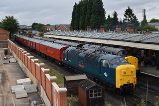 Deltic 55019 ROYAL HIGHLAND FUSILIER at Loughborough Central with the TPO, Great Central Railway