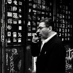 SONIC ( serie black texture ) (Jean-Marc Vernier) Tags: blackandwhite noiretblanc bnw streetview streetphotography street urban city fujifilm fujixt20
