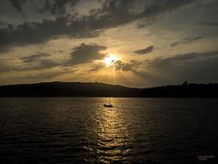 sunset (Estefania Mena) Tags: cielo puestadesol mar sunset