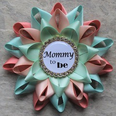 Gender neutral baby shower corsages! https://t.co/UVhMEAbQyD #etsy #shop #baby #pregnancy #parenting #babyshower https://t.co/qq8KPhG0SW (petalperceptions.etsy.com) Tags: etsy gift shop fashion jewelry cute