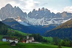 Sunrise - Val di Funes (Atilla2008) Tags: villnoss alpine dolomiti dolomites italy valley sunrise santamaddalena d90 nikon wow pease paradise