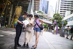 Getting lost (人間觀察) Tags: leica m240p leicam leicamp f20 f2 hong kong street photography people candid city stranger mp m240 public space walking off finder road travelling trip travel 人 陌生人 街拍 asia girls girl woman 香港 wide open ms optics apoqualiag 28mm apoqualia optical