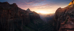Zion Overlook (RigieNL) Tags: zion zionnationalpark panorama utah dream dreamy dreamscape sunset sundown sunrise sun view vista sony sonya6000 zonsondergang america amerika sky clouds cloudporn insta instagram landscape landschap nature awesome beautiful definingbeauty