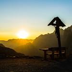 Sonnenaufgang in den Dolomiten thumbnail